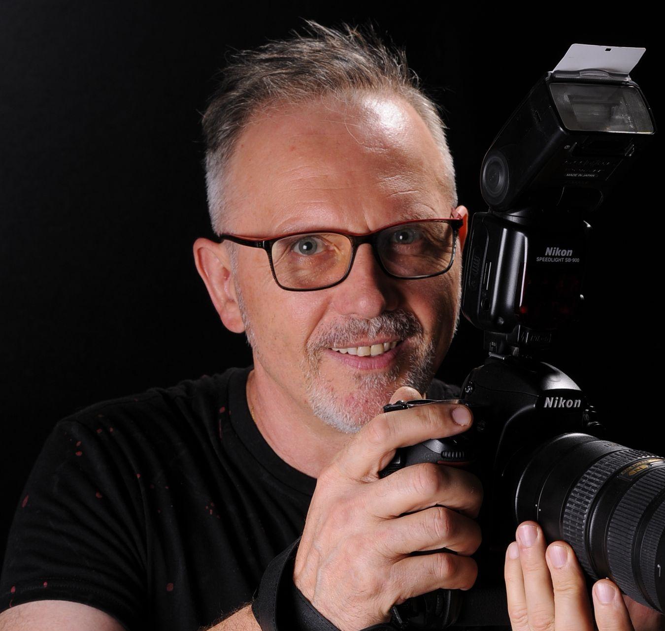 fotograf Praha, fotograf Praha 9, Luboš Josef Marek, nejlepší známý profesionální český fotograf a reklamní marketér