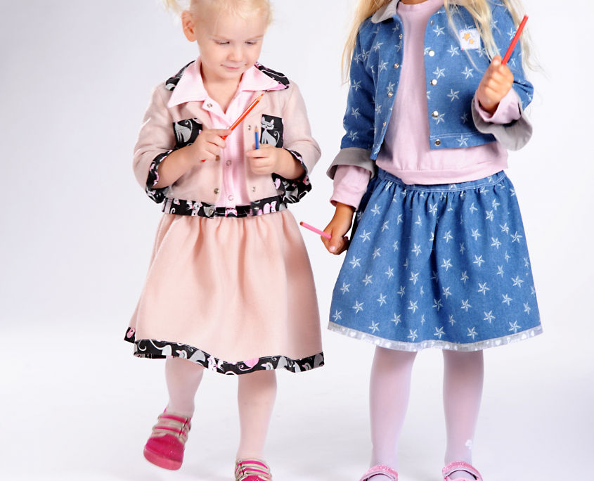 Produktová oděvní fotografie. módní fotografie , dětský foto model