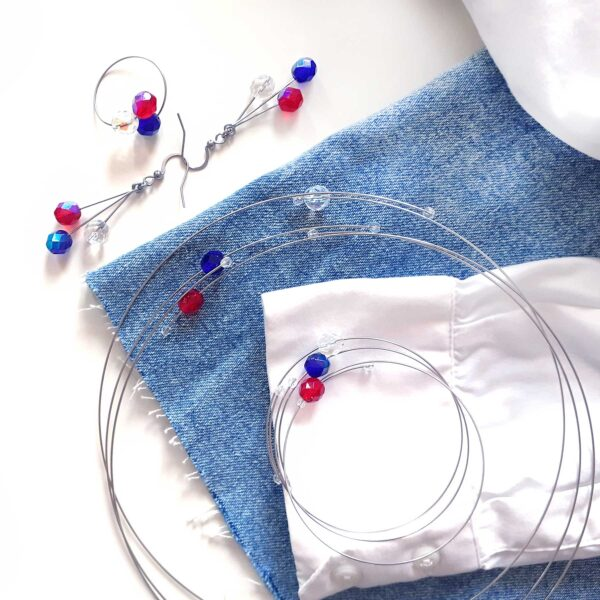 Souprava šperků Trikolóra Design © Copyright Jiřina Georgina Chrtková FAST SHOTS, s.r.o.