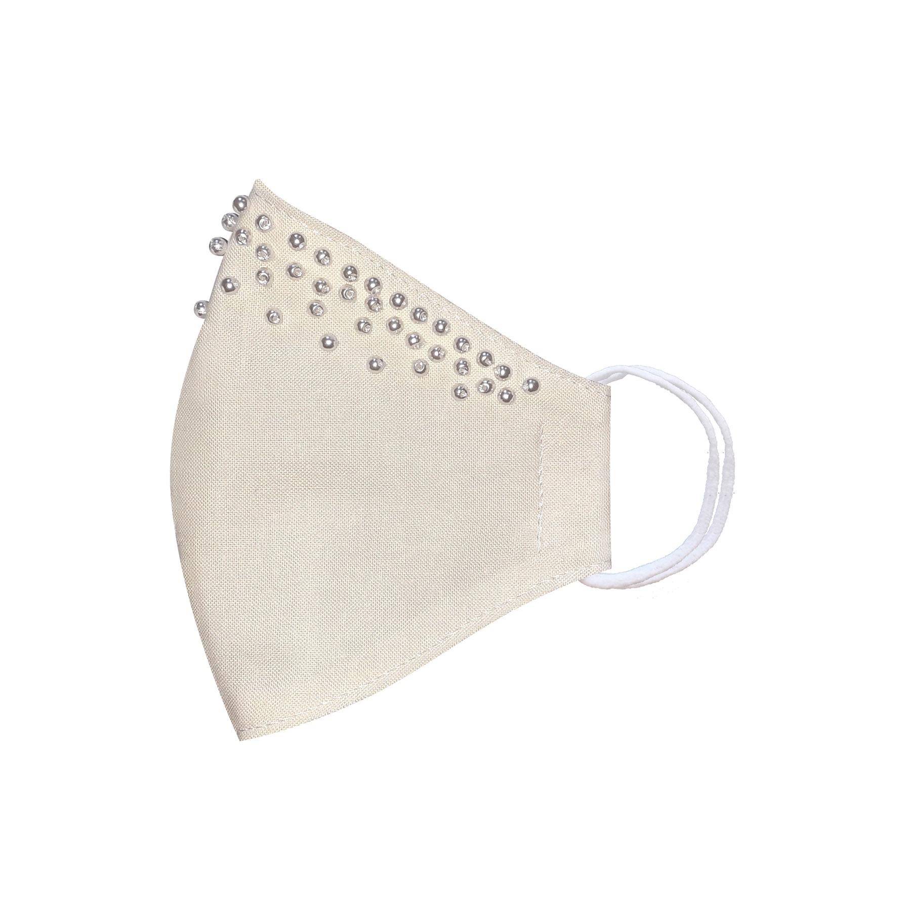 Módní bavlněné ústní roušky tvarované bílá s perličkami, bohatě zdobená třívrstvé s filtrem a s gumičkami dámské