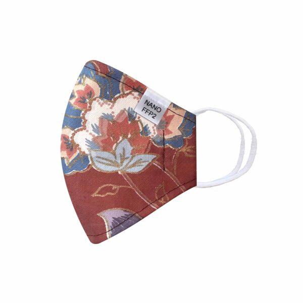třívrstvá hnědá s květy módní rouška s gumičkami tvarovaná s nano filtrem a aktivním stříbrem třída FFP2